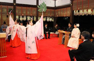 八坂神社ナイトウェディング